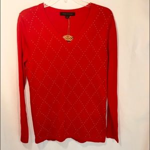 Tommy Hilfiger red/ gold v neck sweater. S…